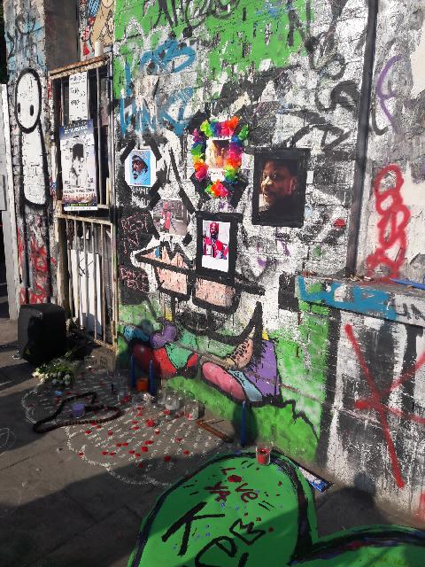 Tributes to Kevin by his BigIssue spot in Hackney Wick