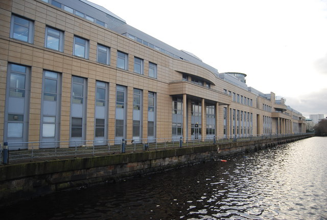 Scottish Government Building, Leith © N Chadwick - geograph.org.uk/p/2361339